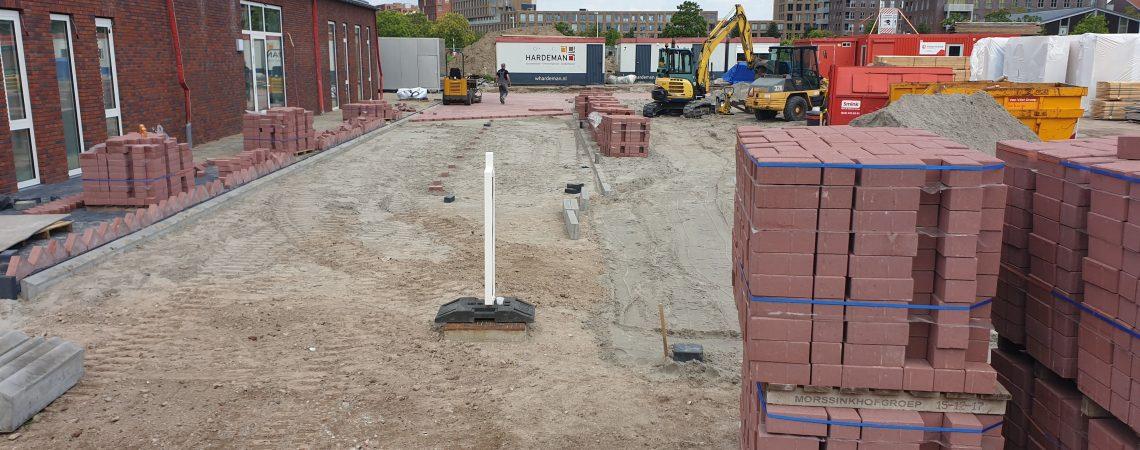 Week 24: Start aanleg terrein en vierde bouwlaag